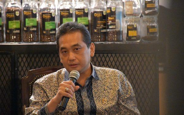 Australia Cabut Bea Masuk Impor Trafo Daya Indonesia