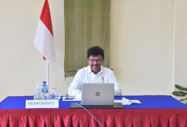 Traffic Internet Naik 49% Selama Lebaran, Menteri Johnny: Saatnya Migrasi ke Ekosistem Digital