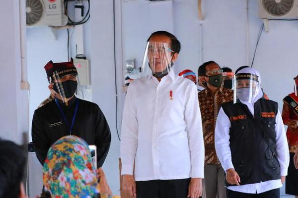 Tren Covid-19 Menurun, Jokowi Minta Masyarakat Jangan Cepat Puas Diri