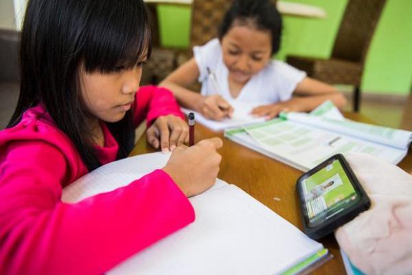 Psikolog: Belajar Jarak Jauh Picu Stres pada Anak