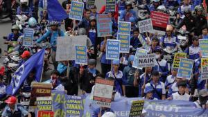 Polisi Tangkap 169 Orang terkait Demo UU Ciptaker di Surabaya