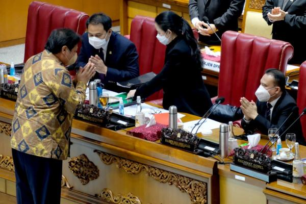 Formmapi: Azis-Dasco Tenggelamkan Gobel-Muhaimin Iskandar di DPR