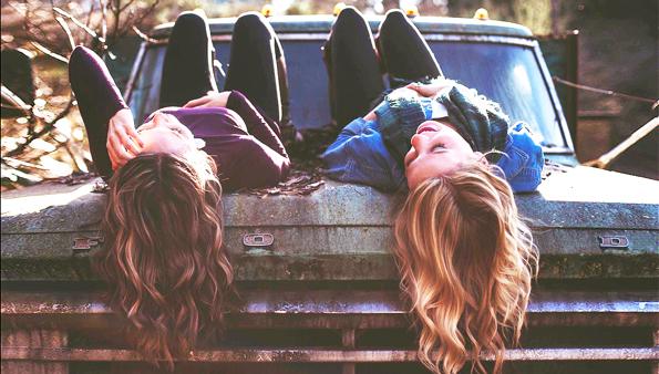 Studi: Sedikit Memiliki Teman Tapi Dekat Lebih Baik Ketimbang Jumlah yang Besar