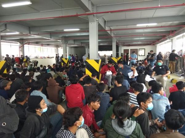 Demonstrasi Penolakan UU Cipta Kerja Ditunggangi Kelompok Anarko