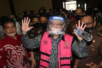 Benny Tjokro Dituntut Penjara Seumur Hidup dalam Kasus Korupsi Jiwasraya