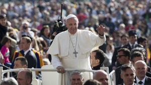 Paus Fransiskus Berikan Dukungan Terbuka kepada Kelompok LGBT