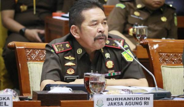 Jokowi Diminta Pecat Jaksa Agung dan Kapolri Soal Aset Negara di Kawasan GBK