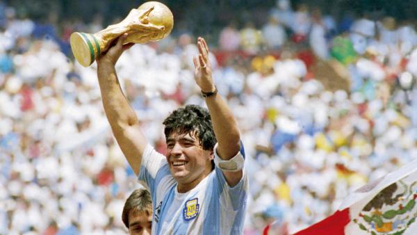 Selamat Jalan Diego Maradona, Pemilik Tangan Tuhan