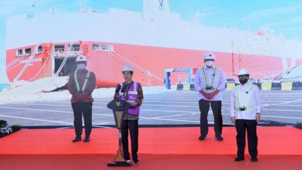 Jokowi Berambisi Jadikan Pelabuhan Patimban Hub Ekspor Otomotif dan UMKM