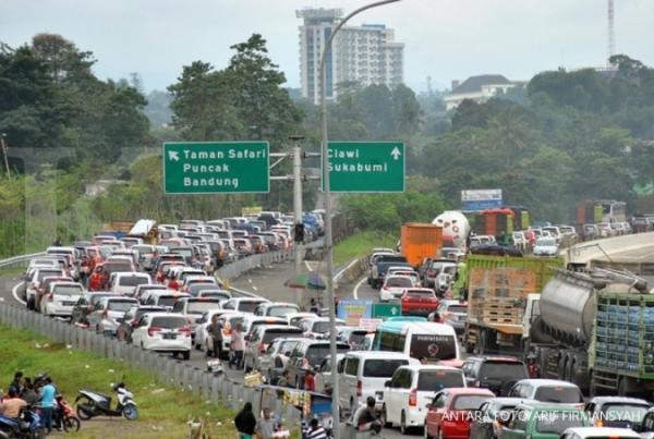 Tak Kantongi Surat Bebas Covid, Ratusan Kendaraan Tujuan Puncak Balik Arah