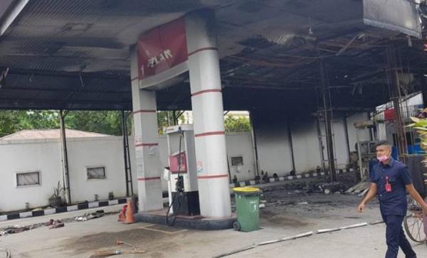 Polisi Selidiki Kebakaran SPBU Gegara Sinyal HP di Pekanbaru