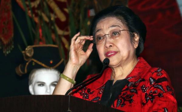 Isak Tangis Megawati di  HUT Ke-48 PDI Perjuangan