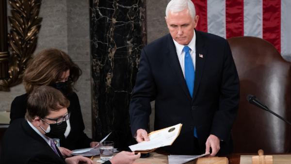 Wapres Mike Pence Hormati Sejarah AS, Janjikan Pelantikan Joe Biden Aman