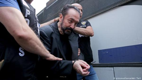 Terlibat Kejahatan Seksual, Pendiri Sekte Seks Harun Yahya Dihukum 1.075 Tahun Penjara