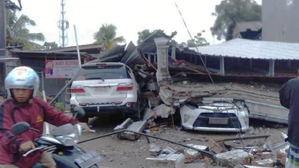Gempa Majene: 34 Orang Tewas, 600 Luka-luka dan 15 Ribu Mengungsi