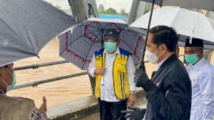 Presiden Jokowi Tinjau Lokasi Terdampak Banjir Kalsel