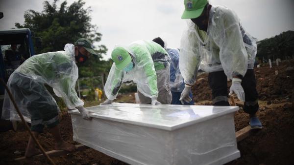 Lahan Makam Pasien Covid-19 Penuh, BPIP Sarankan di Pemakaman Umum