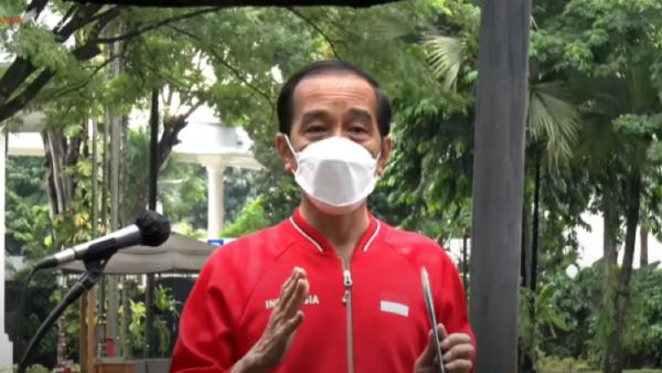 Jokowi Targetkan Vaksinasi hingga 1 Juta Orang per Hari