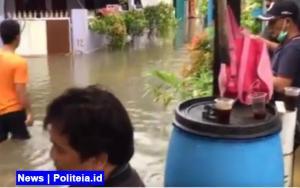 Hujan Deras Guyur 26 Titik di Jakarta, 193 RT Terendam Banjir