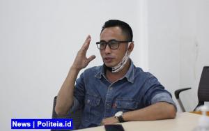 Pengamat Sebut Polemik Kerumunan di Maumere Ingin Menggulingkan Jokowi