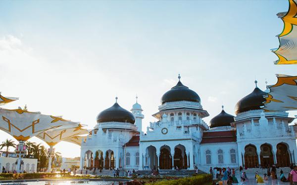 4 Pria Ditangkap Usai Buat Konten Tiktok di Masjid Raya Baiturrahman, Banda Aceh