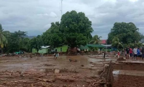 Korban Meninggal Akibat Longsor di Pulau Adonara NTT Bertambah Jadi 54 Orang