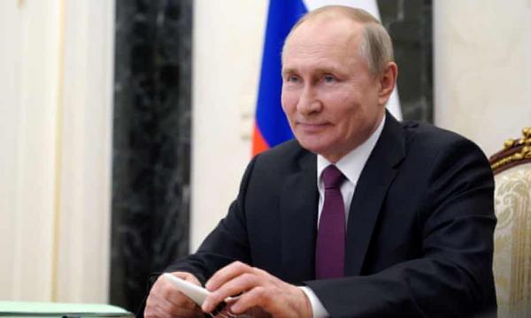 Putin Teken UU Bisa Jadi Presiden Hingga 2036