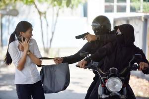 Polisi Tembak Perampok Bersenpi di Kotabaru
